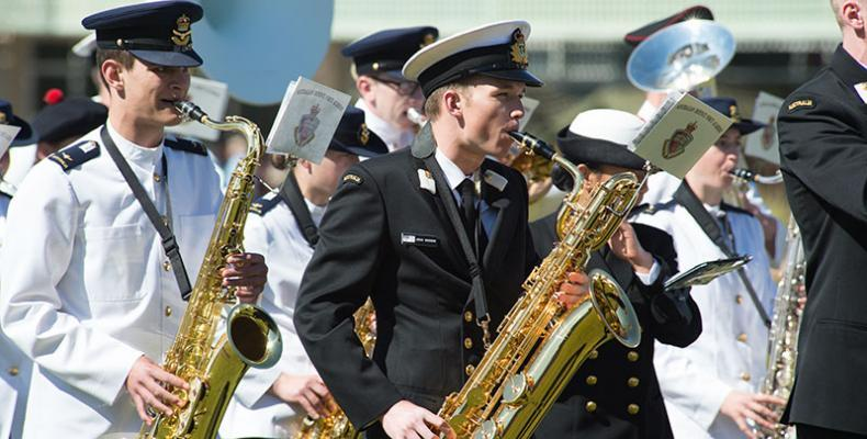photo of ADFA students in band